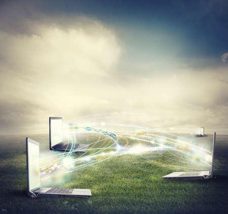 velocidad: Concepto de conexión a internet y red social