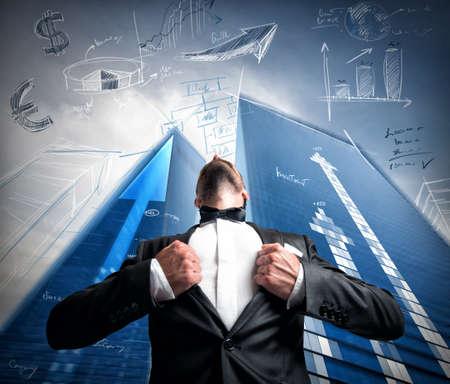 empresarial: Exitoso hombre de negocios de súper héroe con el bosquejo de negocios Foto de archivo