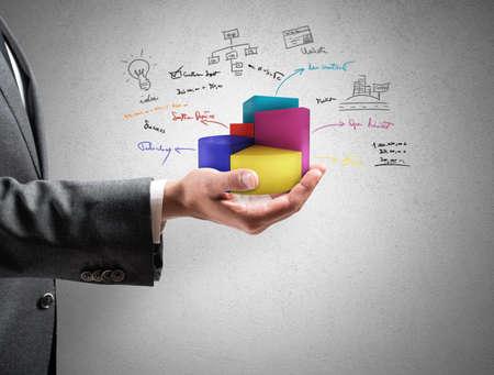 Zakenman blijkt succesvolle statistieken van een bedrijf