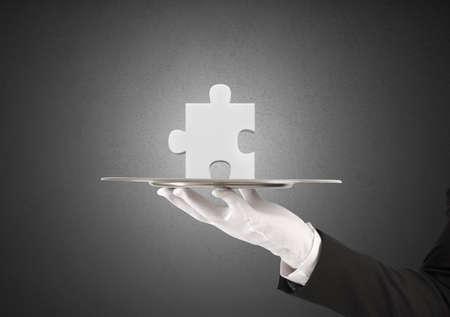 comunicación: Concepto de solución con la parte faltante de un rompecabezas