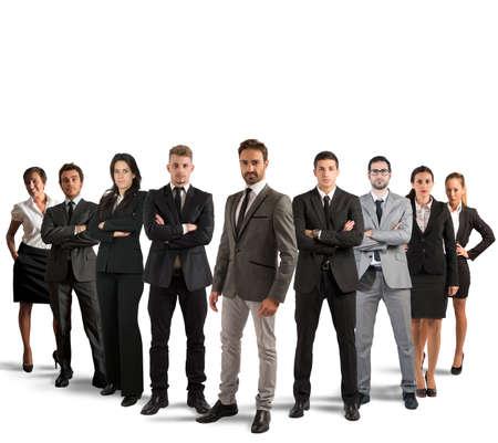 zusammenarbeit: Konzept der Teamarbeit und der Partnerschaft mit einer Gruppe von Kaufmann