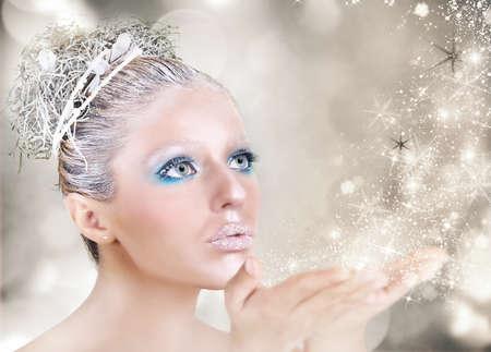 móda: Vánoční makeup zlato a stříbro s hvězdami Reklamní fotografie
