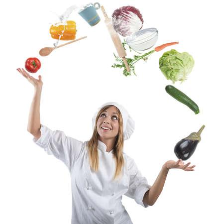 kitchen tools: Juggler kok spelen met een aantal ingrediënten en keukengerei