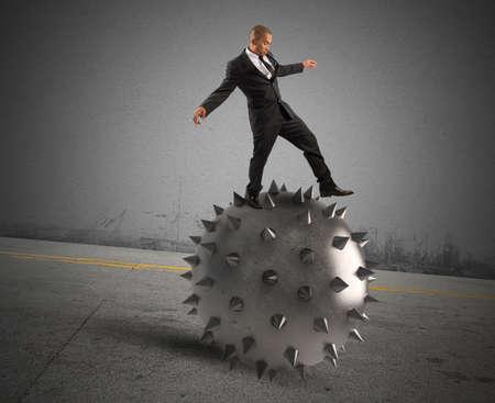 Man keeps the balance despite the crisis