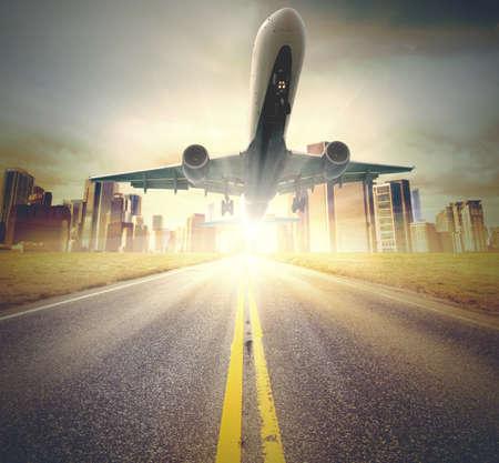 飛行機は滑走路から離陸