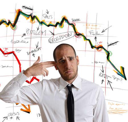 Een zakenman schiet zichzelf voor de crisis