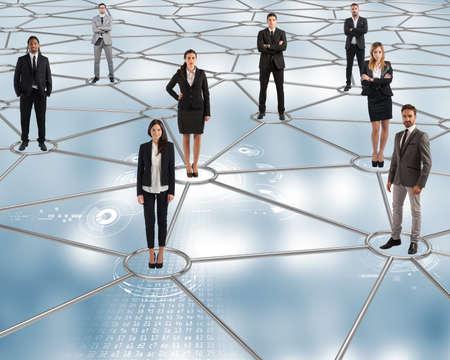 trabajo en equipo: En las futuras redes sociales est�n todos conectados Foto de archivo