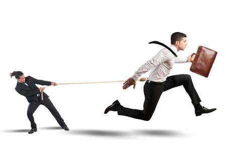 obedecer: Jefe intenta mantener firmemente sus empleados Foto de archivo