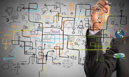 the maze: Empresario encontrar una soluci�n para aumentar los beneficios Foto de archivo