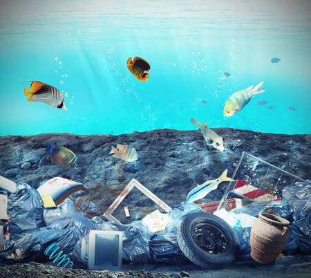 fond marin: Pollution dans les fonds marins en raison de l'homme Banque d'images