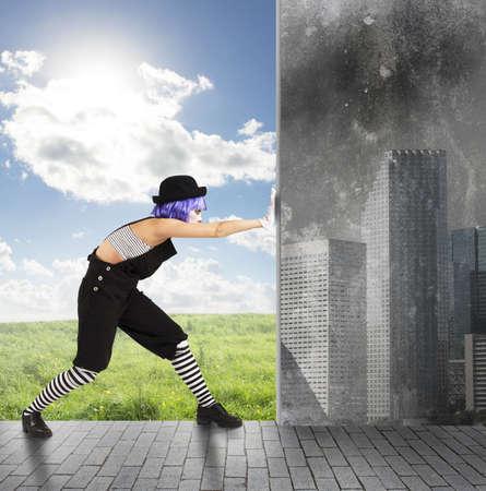 광대가 녹색으로 오염 환경 변화 스톡 콘텐츠