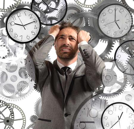 psicologia: Nombramientos de sobrecarga del hombre de negocios y con poco tiempo