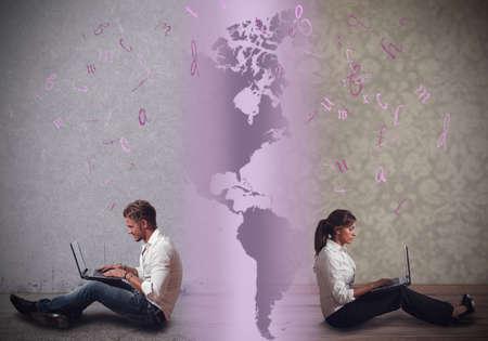 Communiceer op een afstand relatie met internet