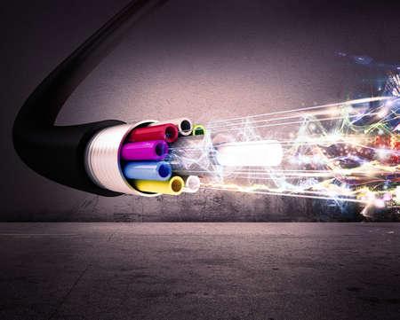 Bild einer optischen Faser mit Lichtern Standard-Bild