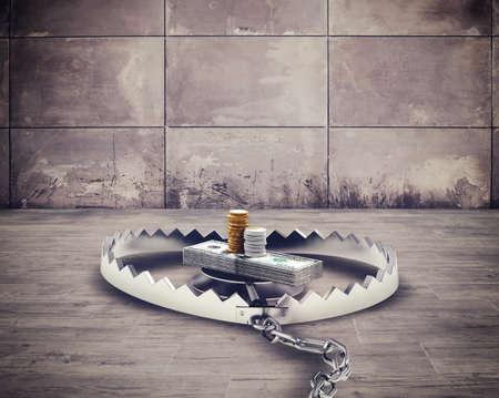 peligro: Peligrosa trampa de rat�n de acero con el dinero de cebo Foto de archivo