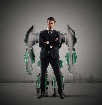 Homme d'affaires avec une silhouette d'un robot