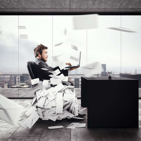 Desperate man in office for too many e-mail. 3D Rendering Foto de archivo