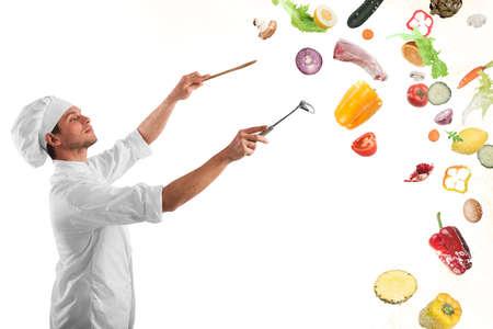 Chef schafft eine musikalische Harmonie mit Nahrung Standard-Bild - 66765387