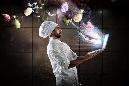 laptop: Cooking recipe on web