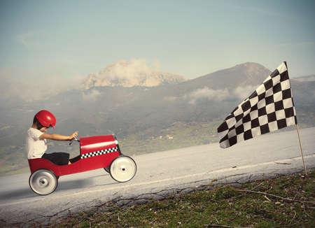 お子様の車と競合します。