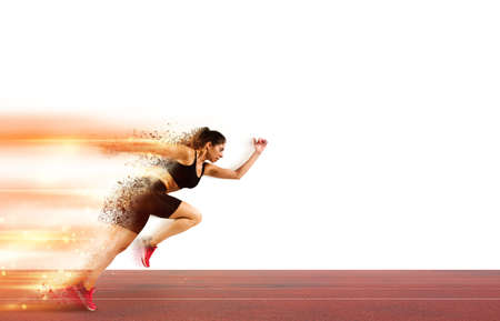 Vrouw loopt in een race naar het stadion Stockfoto