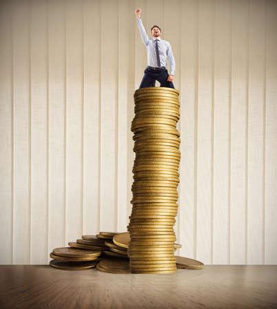 Wachstum exponentieller Gewinn Standard-Bild - 77215288