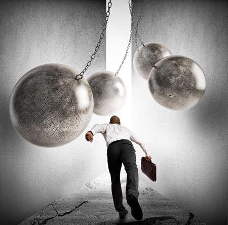 Obstakels overwinnen om succes te behalen Stockfoto
