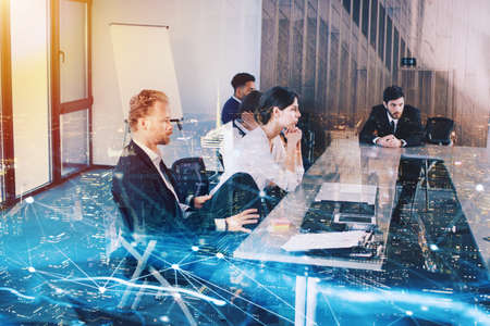 Businessperson in office with network effect. concept of partnership and teamwork Stock Photo - 85615839