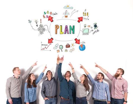 Geschäftsteam zeigen ein Geschäftsprojekt an. Konzept der kreativen Idee und Teamarbeit Standard-Bild