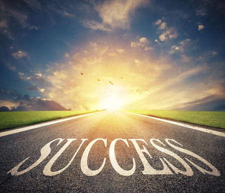 成功の道。新しいビジネスチャンスへの道 写真素材