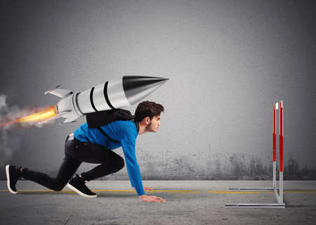 Student overcomes obstacles of his studies at top speed with a rocket