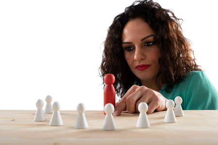 Businesswoman team leader thinks about the strategy of company team. Standard-Bild - 122995099