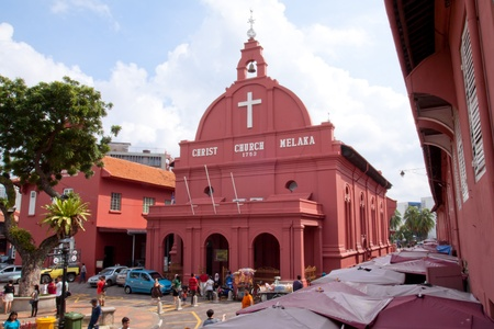 dutch landmark: MALACCA, MALAYSIA - JANUARY 1: A view of an 18th century Protestant church in Malacca City on JAN 1, 2012. Christ Church Melaka is the oldest functioning Protestant church in Malaysia