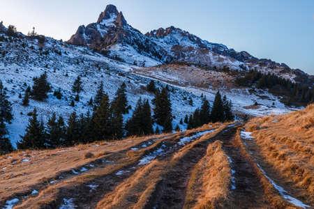 Melting snow in the mountains at spring. Ciucas mountains, Romania Standard-Bild