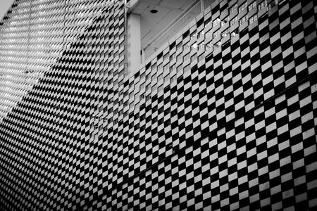 caro pattern buildung black and white