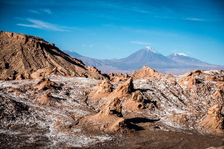 The incredible red rocks of the Moon Valley Valle de la luna near San Pedro De Atacama. Imagens
