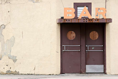 down beat: bar in an old part of town