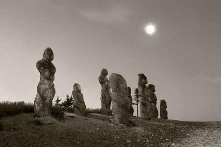 idols: Stone idols