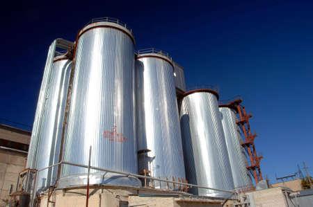 Steel industrial tanks
