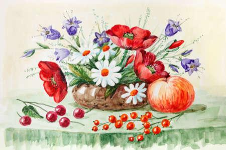 농촌 아직도 생활, 빨간 양 귀 비, bluebells, 데이지, 야생화, 사과와 딸기. 수채화 그림. 삽화