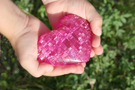 corazon en la mano: coraz�n en manos de los ni�os