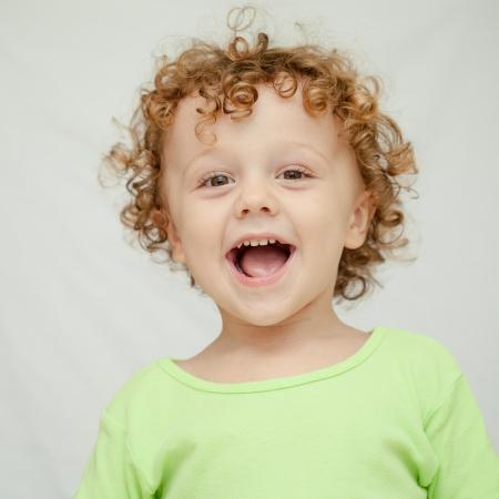 ni�os felices: Retrato de ni�o alegre Foto de archivo