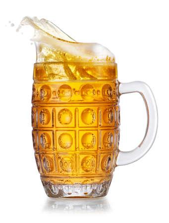 beer in mug with splash