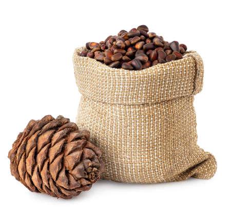 unpeeled cedar nuts