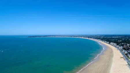 ラ ・ ボールの Le Pouliguen ロワール アトランティック県の航空写真 写真素材