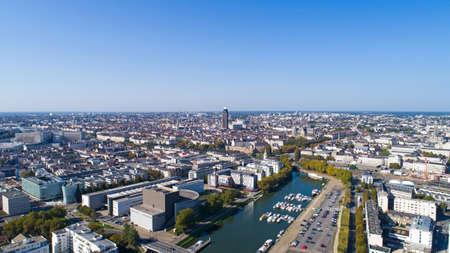 ロワール アトランティック県ナント市中心市街地の空撮 写真素材