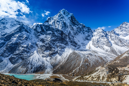 Snow mountain peaks on Ama Dablam. Panoramic view of Himalaya mountain. Way to Everest base camp, Khumbu valley, Sagarmatha national park. Stock Photo - 90612793
