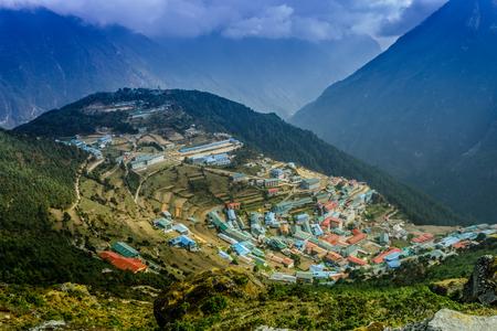 山村の美しい自然風景。ヒマラヤ山脈、サガルマータ国立公園、ネパール。