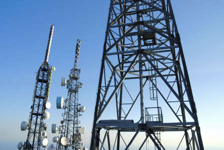 telecomm: comunicaci�n a las torres de 4