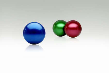 trichromatic: colored spheres on a white limbo